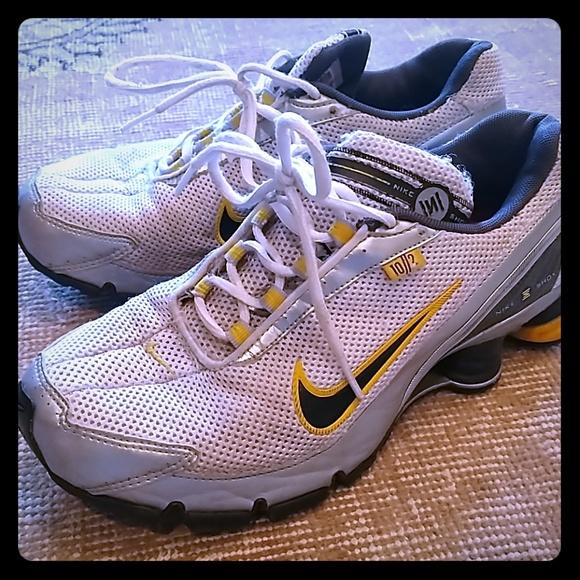 online store d987b d94c6 ... yellow, black Nike Shox sneakers size 8. M 5c3a68db12cd4abff0d11f78